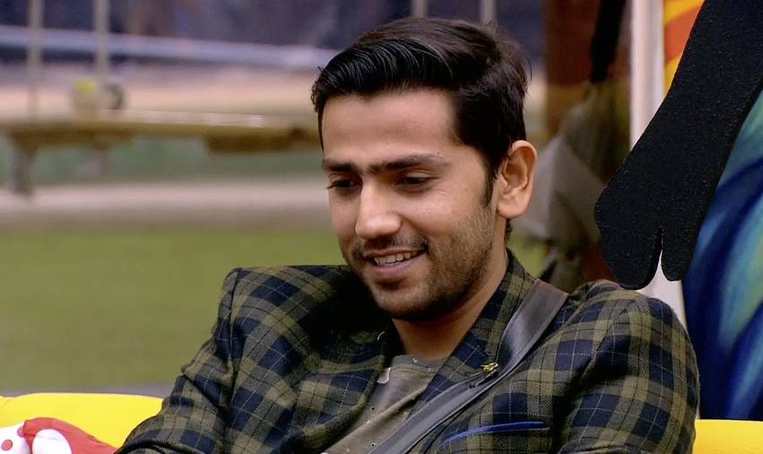 Bauua Singh Takes over the BB 12 house!