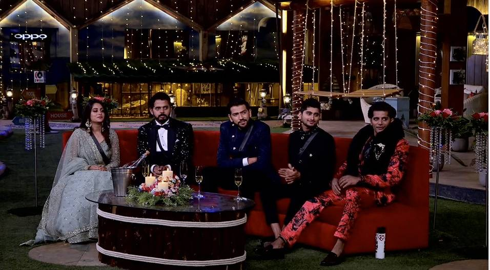Who will take the Bigg Boss 12 trophy home?