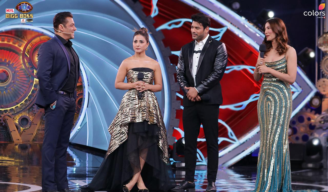 Grand Premiere with Super Host Salman Khan and the Toofani Seniors – Gauahar Khan, Hina Khan and Sidharth Shukla!
