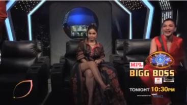 #BiggBoss14 mein hua Gauahar aur Hina v/s Sidharth! Kaun padega kispe bhaari? #BB14 tonight 10:30 PM only on #Colors. Catch #BiggBoss14 before TV on Voot Select.